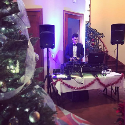 Christmas party 🎉 #christmastree d#djvi