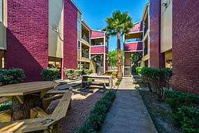 Delta Residence - apartment homes in Houston, Texas