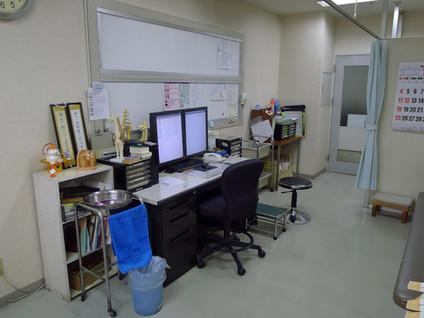 1F診察室.jpg