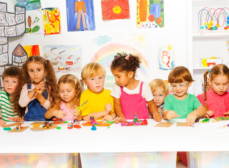 5 SOLUTIONS TO DECLUTTER (WHILE CHERISHING) YOUR KID'S ART