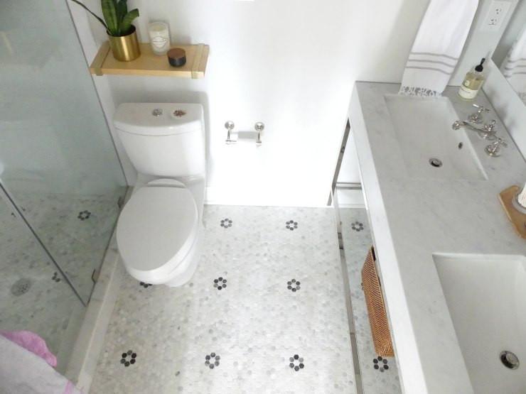 Small master bathroom design
