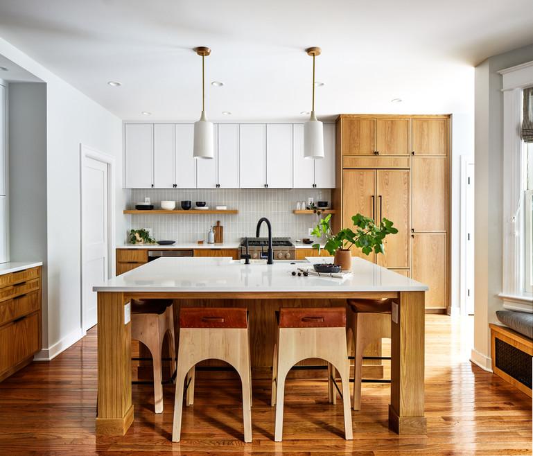 Ninth Street Oak Kitchen.jpg