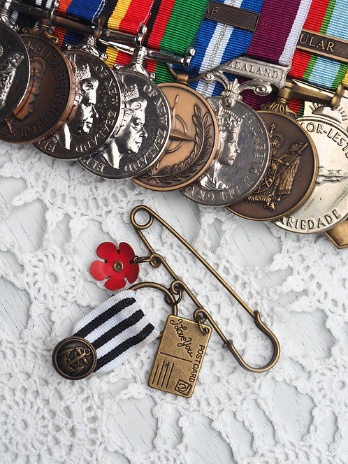 REMEMBRANCE BROOCH