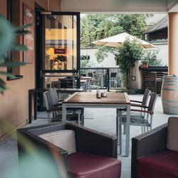 HOTEL_Gastgarten_004_2000x2000-1024x1024