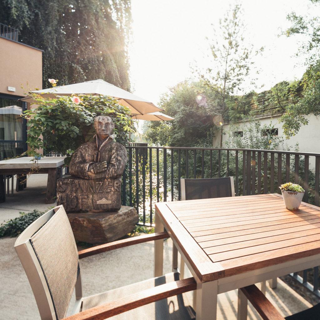 HOTEL_Gastgarten_006_2000x2000-1024x1024