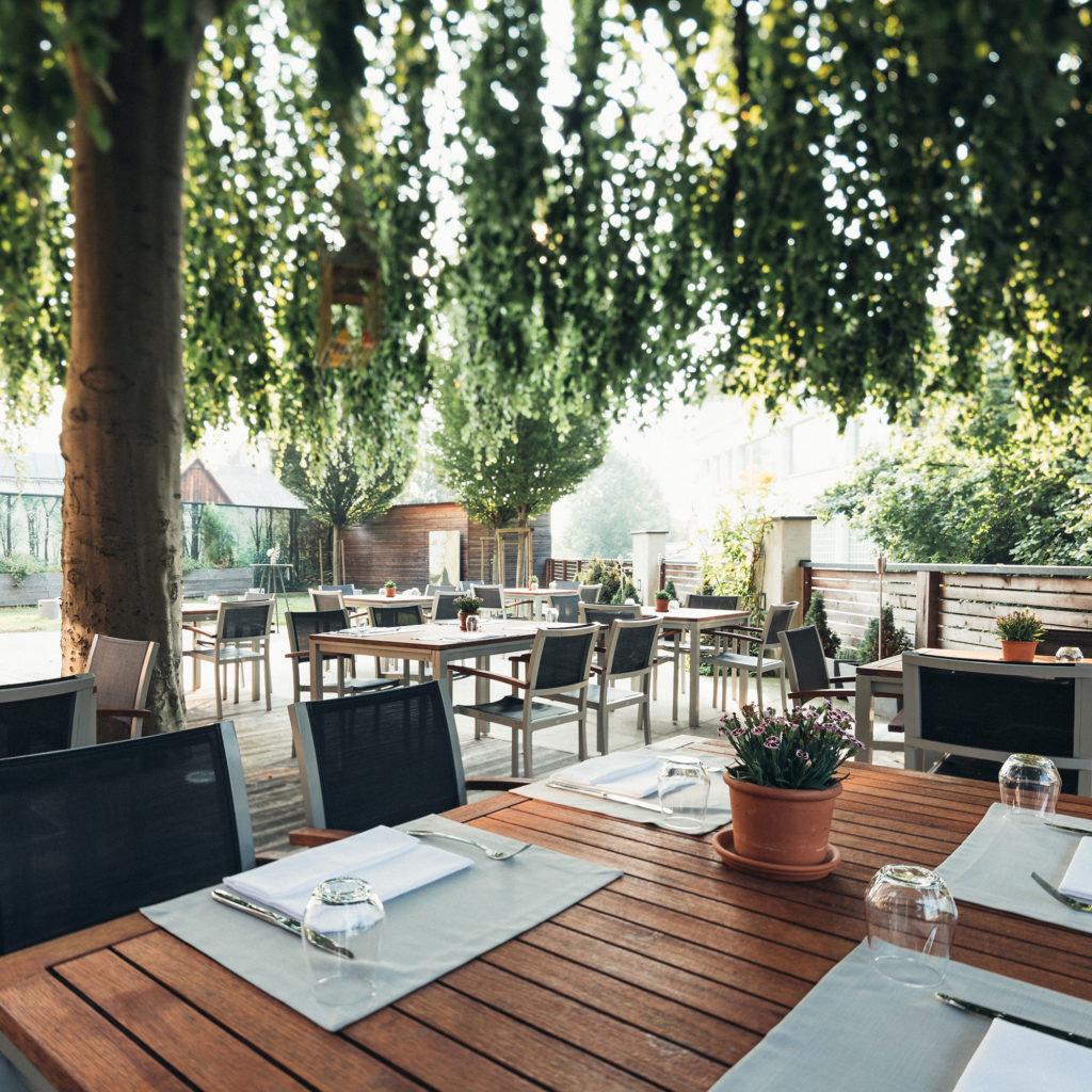 HOTEL_Gastgarten_002_2000x2000-1024x1024