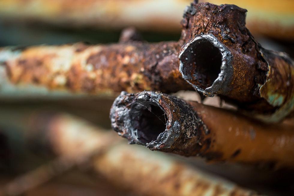 rusty-pipes-closeup.jpg
