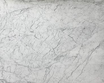 SOLD WHITE CARRARA - PETIT STATUARY (P)_