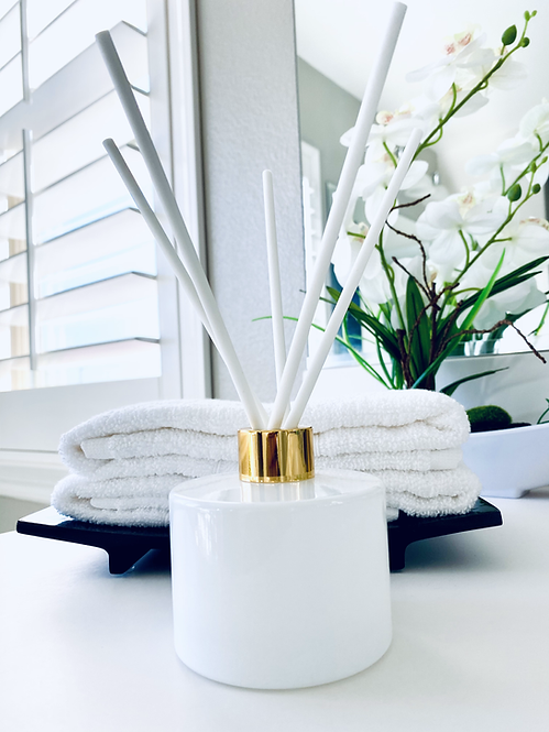 Essenza Luxe Reed Diffuser