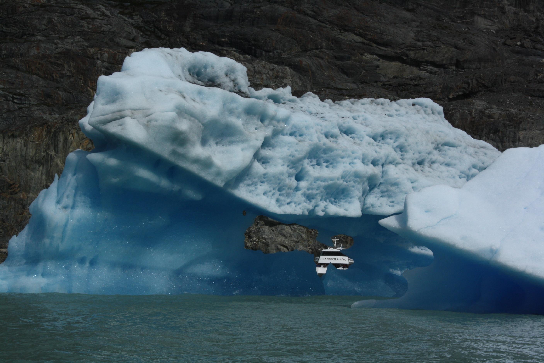 Navegación entre témpanos