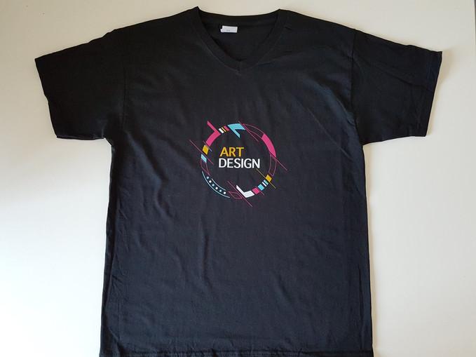 T-shirt personnalisé sur le torse