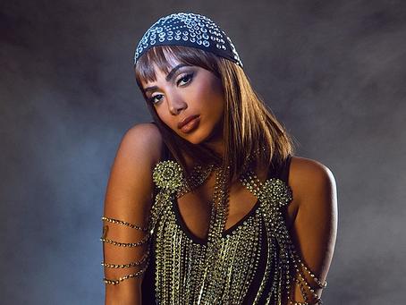 Anitta e Instagram: um caso de amor e milhões de likes