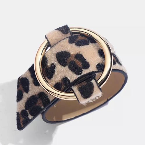 Leopard faux fur cuff