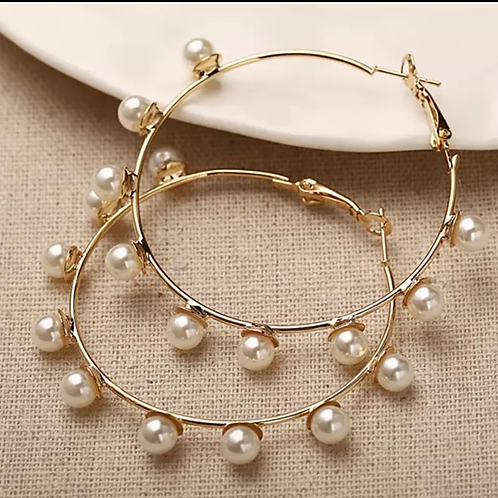 Gold and pearl hoop