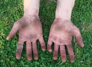 dirty-hands-01.jpg