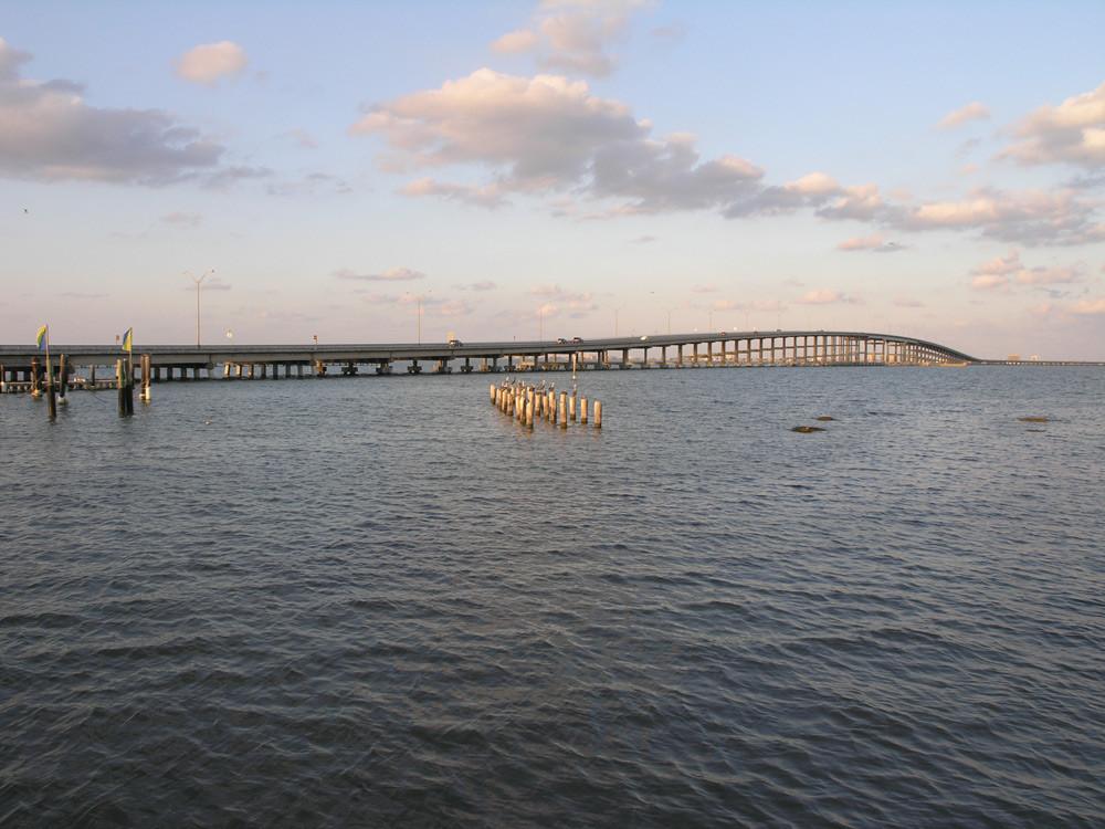 bridge_sunset.jpg