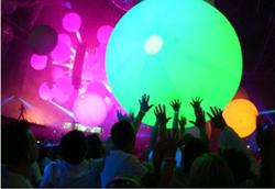 LED Balloon Toss