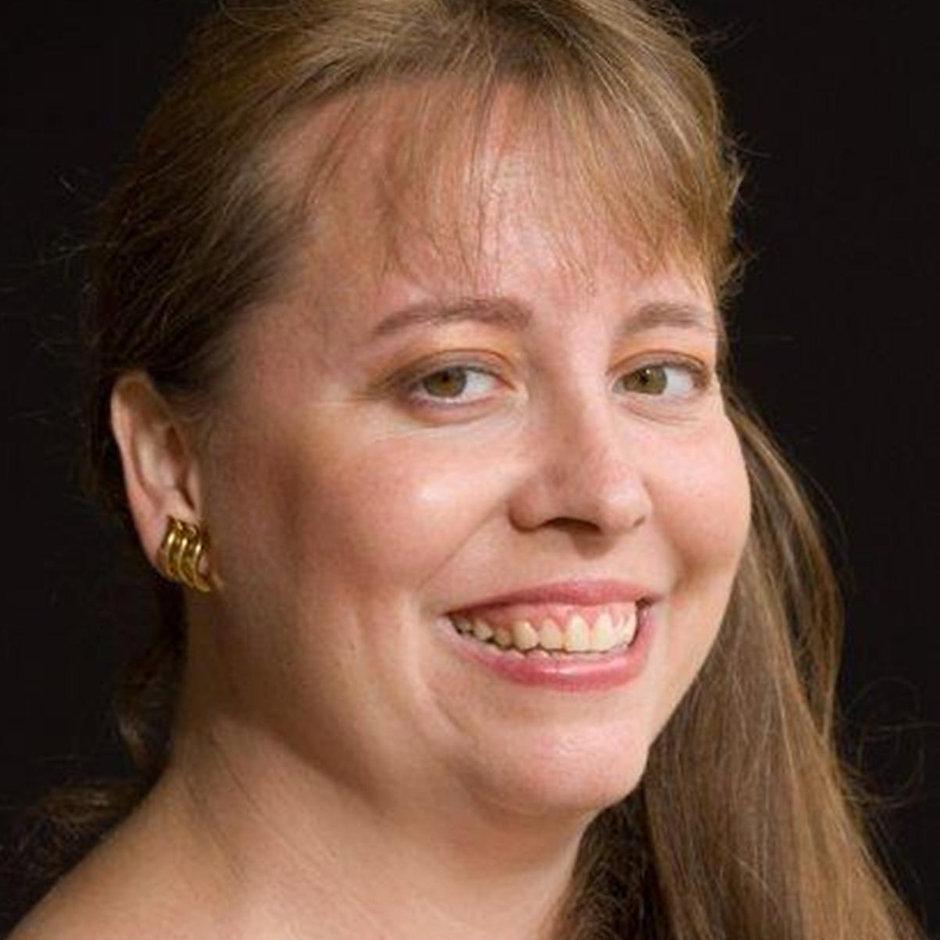 Debbie Viguie Headshot Hi Res.jpg
