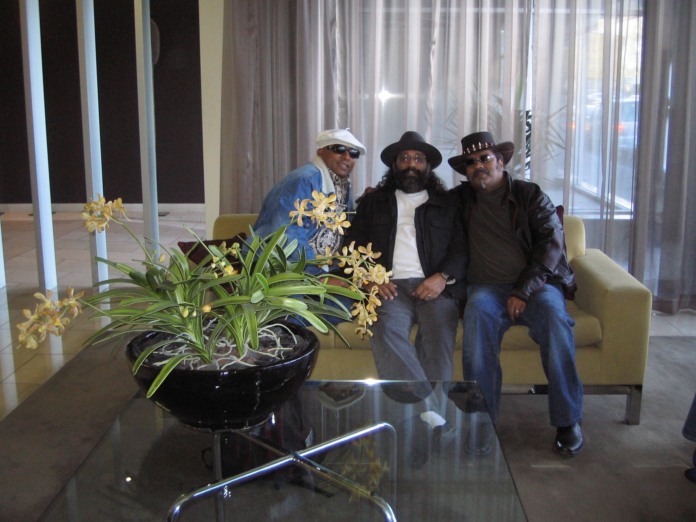 3 Hat-Bearers-with Sivamani & Hariharan,