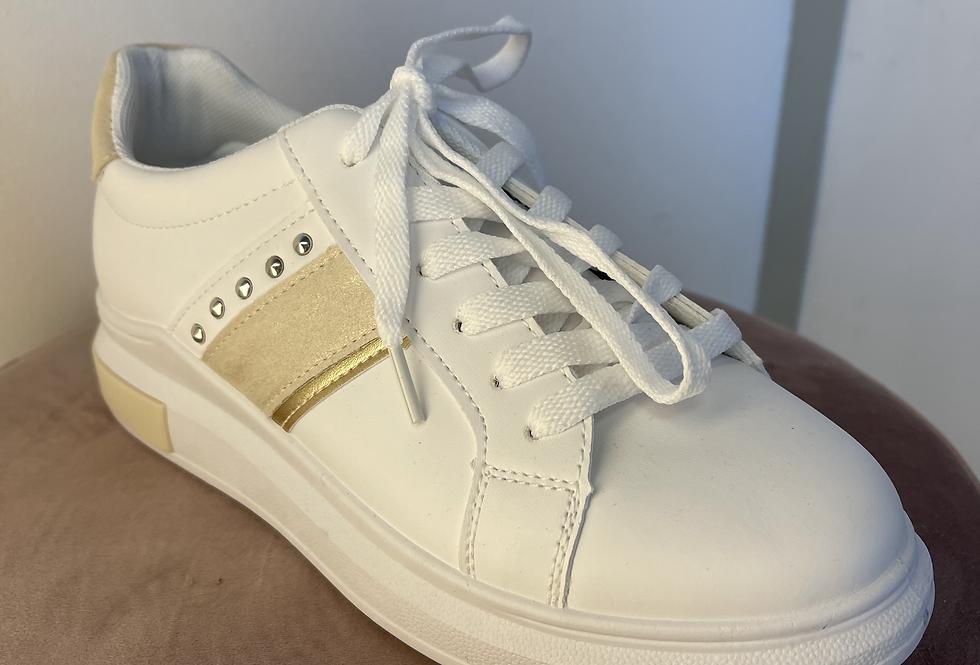 Baskets blanches et dorées