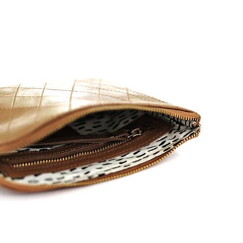 Lili Pepper | Diamond Stitch Leather Purse