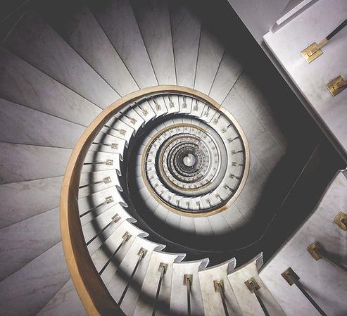 Escalera de caracol hipnótica