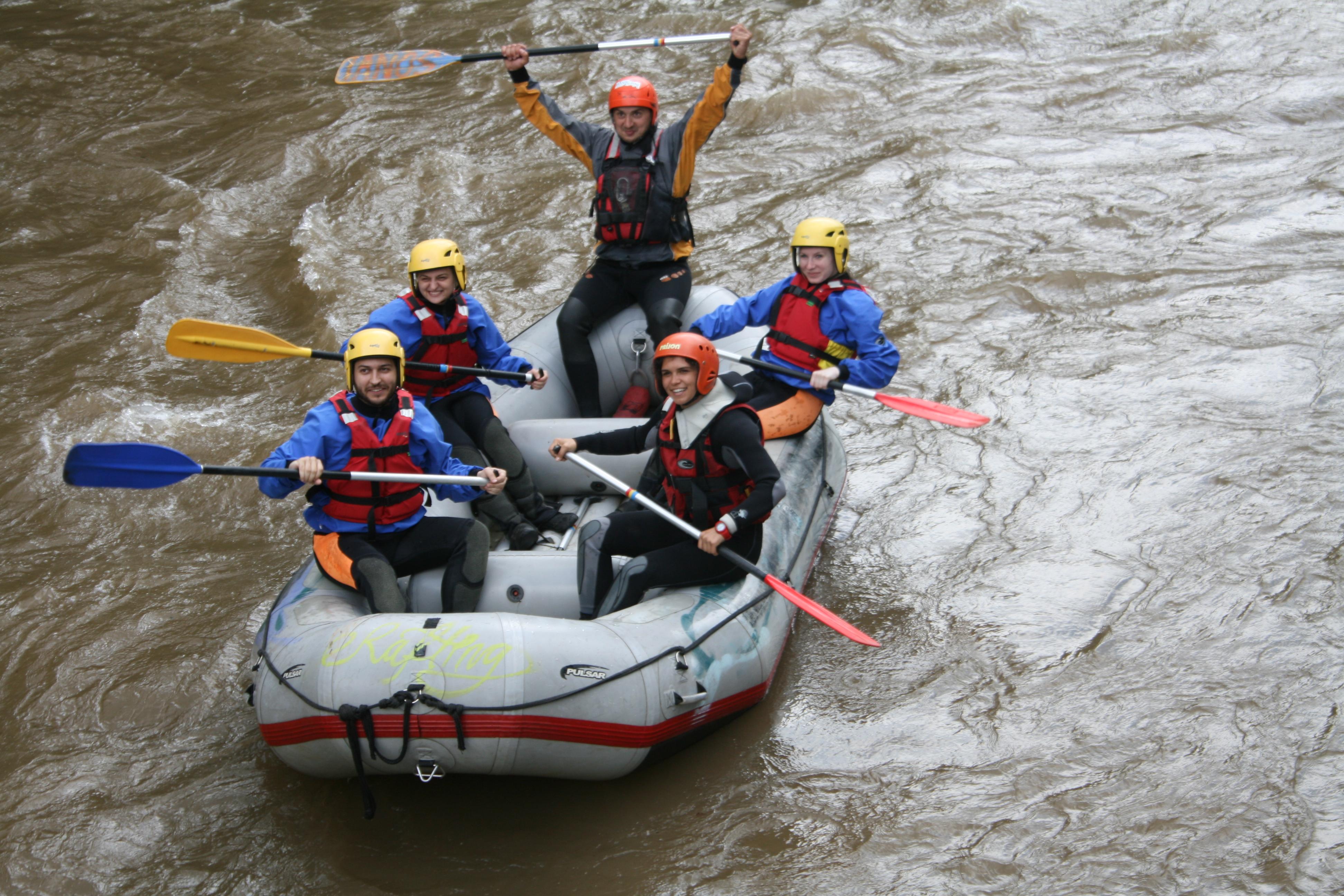Rafting on Vadu Crisului (3)