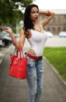 Beauty urban photo. Hot slim sexy girl standing on road in jeans and panties. Long legs. High heels. 都会の写真の美しさ。 ジーンズとパンティーの道の上に立っているスリムなセクシーな女の子。 長い脚。 ハイヒール Городское фото Красивая стройная девушка на дороге в джинсах трусиках. Высокие каблуки лучшие фотографы инстаграм seo продвижение картинки смм раскрутка накрутка фото сайтов реклама шлюхи instagram Famous photographers самая в мире