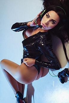 Sexy cosplay picture. Cute hot DJ girl model Women in shiny black latex bodysuit photo. Fetish wear image セクシーなコスプレ写真。 光沢のある黒いラテックスボディスーツ写真のかわいいホットガールモデルの女性。 フェチ着用イメージ Фото косплей красивая сексуальная девушка модель Черный латекс боди костюм Самые хорошие телочки инстаграма seo продвижение картинки смм раскрутка накрутка фото сайтов реклама instagram