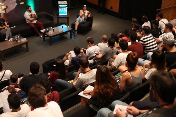 Tá chegando a hora da maior conferência de música eletrônica da América Latina.