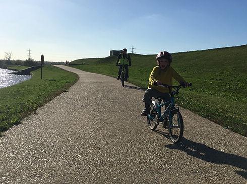 Cycling_1.jpg