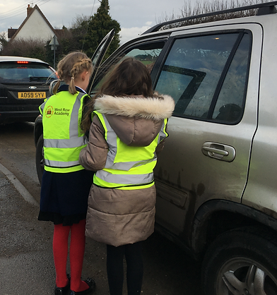 pupils talk to driver west row ac.png