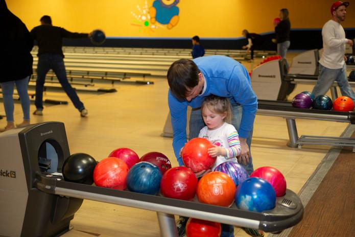 2018 Bowling Fundraiser-0024.jpg