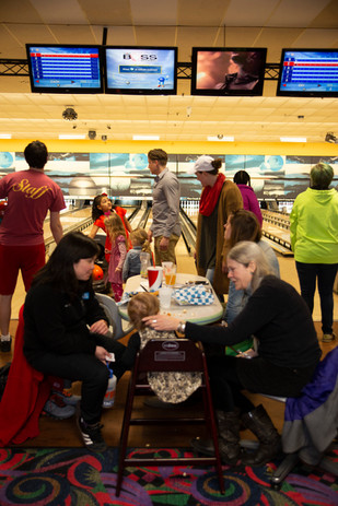 2018 Bowling Fundraiser-0014.jpg