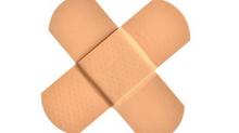 Pleisters plakken of schrammetjes verzorgen?