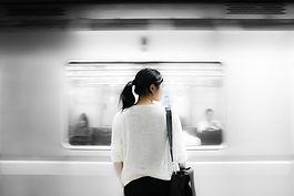 地下鉄の女