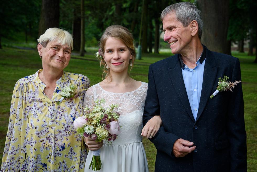 Portrét nevěsty s rodiči