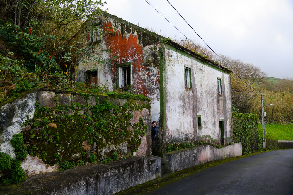 Old buildings, urbex, in Azores.