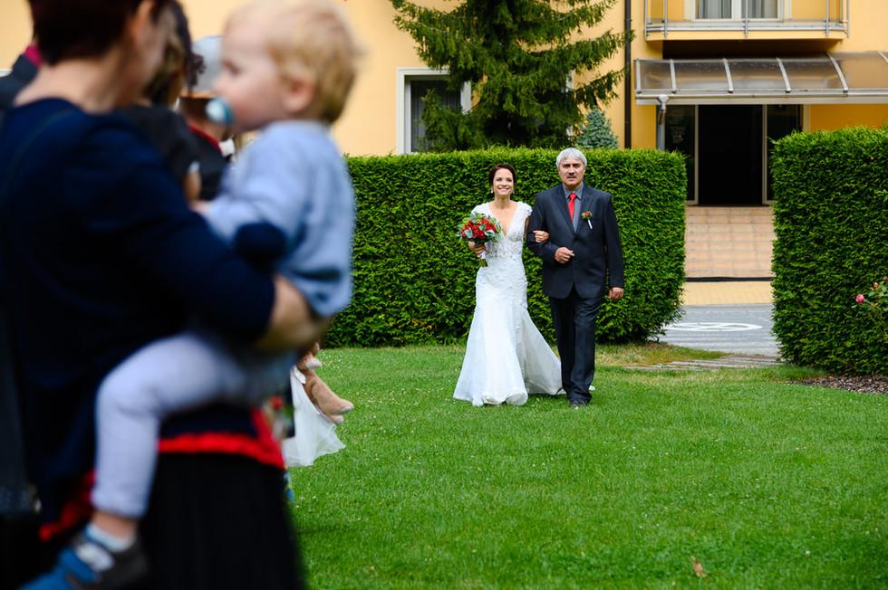 hruba-voda-svatba-akademie_015.jpg