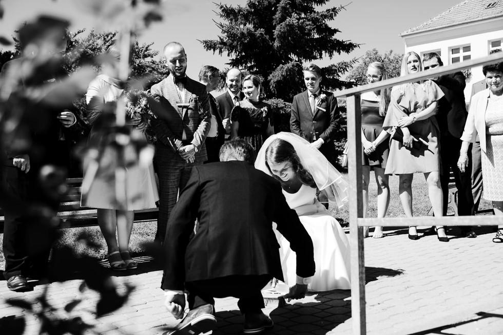 svatebni-fotograf-brno-zebetinsky-dvur_0