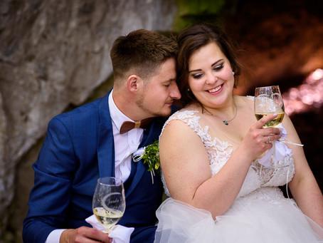 Terka a Jarda: Cestou necestou, polem nepolem, přijel si pro nevěstu pořádným traktorem!