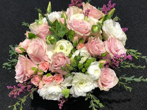 Roses in pinks and whites