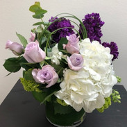 Lavender roses are everyone's favorites