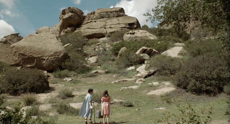Rocks (2016)