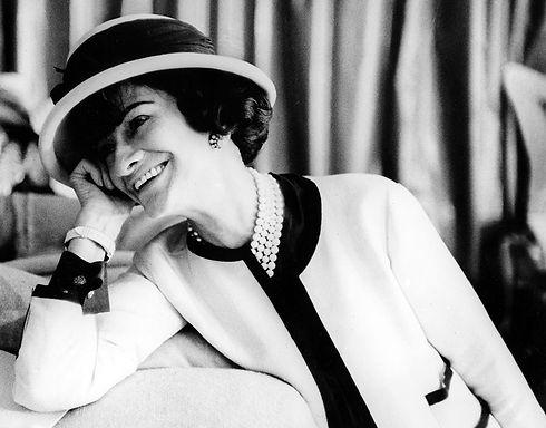 Coco-Chanel-1960.jpg