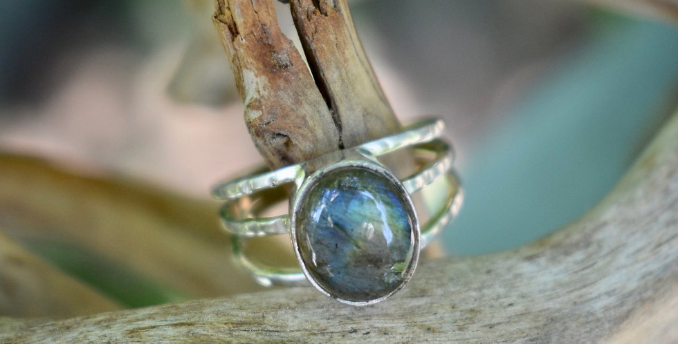 Blue Fire Labradorite 925 Sterling Silver Ring Size  8