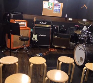 今週末にアコースティックギター オープンセミナー&ライブを開催します!