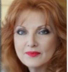 Lynn Triblbing Headshot