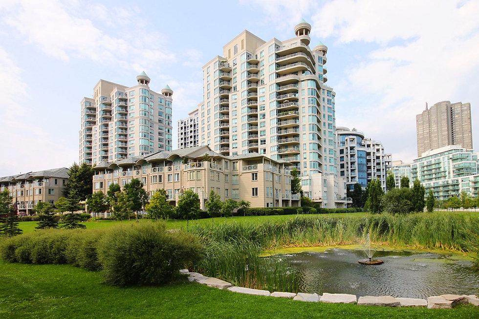 Newport Beach Condo for Rent Toronto Waterfront