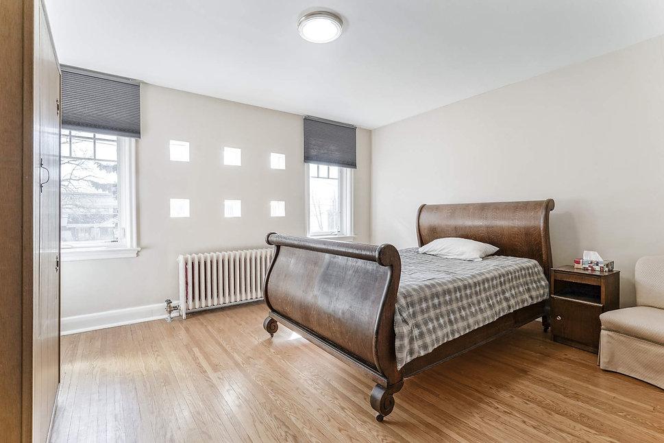 2676 Master Bedroom.jpg